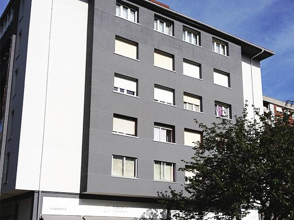 Trabajo de rehabilitación de fachadas