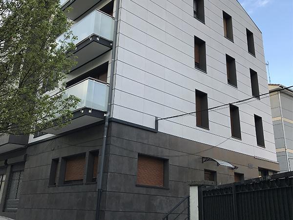 Rehabilitación fachada calle Aduana Irun
