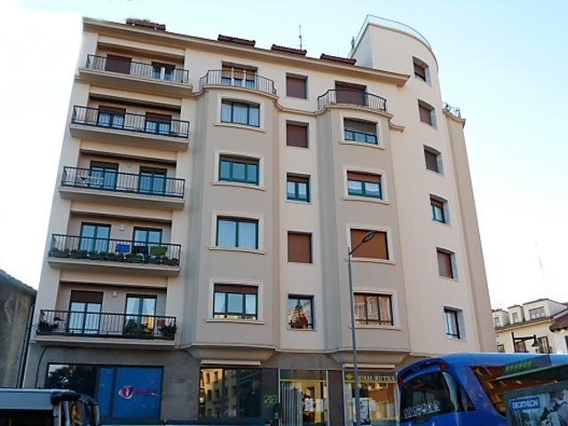 Trabajo de revestimiento de fachada en Irun
